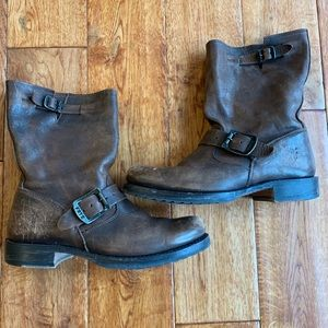 "Frye ""Veronica"" brown boots"